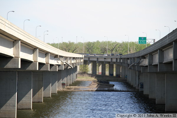 Cedar Avenue Bridge