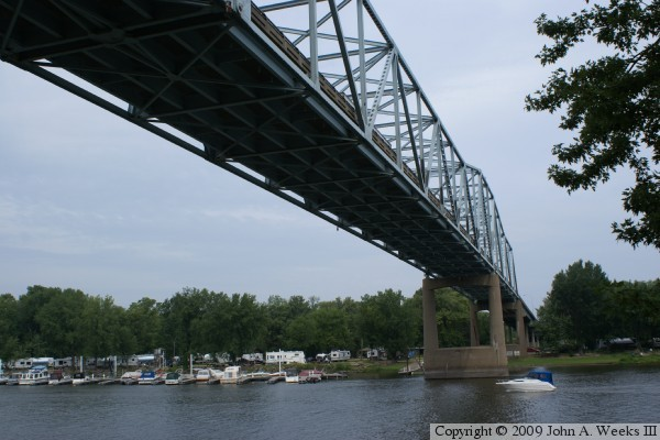 is the downriver side of the approach spans while the photo above is ...