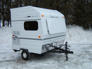 small camper trailers with bathroom