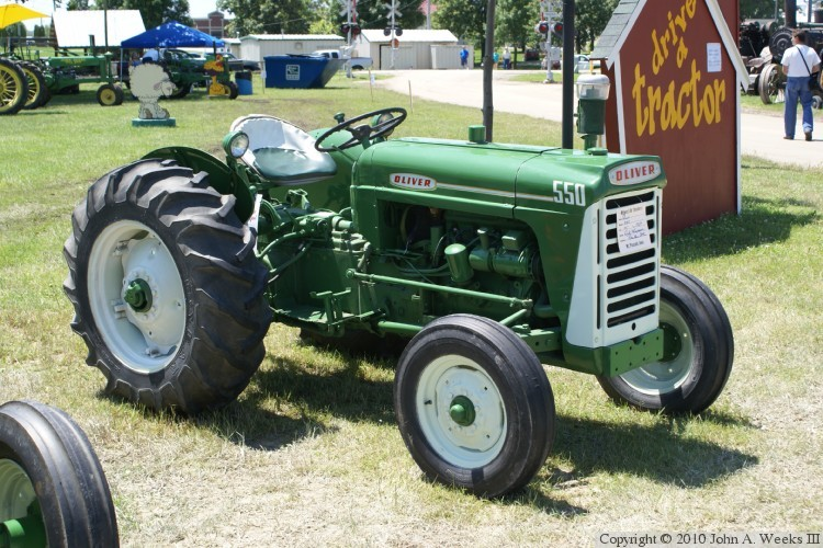550 Oliver Tractor With Loader : Oliver digit tractors  —