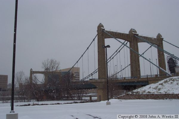 Father Louis Hennepin Bridge