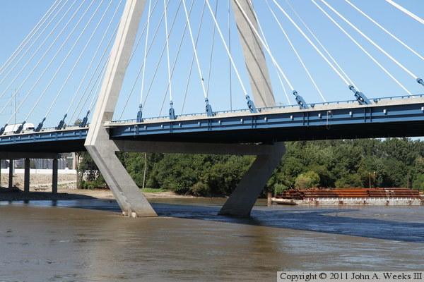 Bond Bridge Kansas City Mo