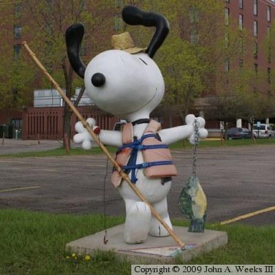 Superior Peanuts On Parade   Snoopy   Fishinu0027 Snoopy